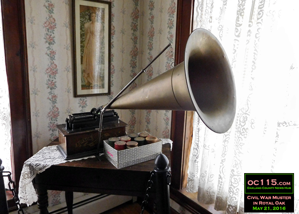20150528_civil_war_muster_royal_oak_starr_house_phongraph
