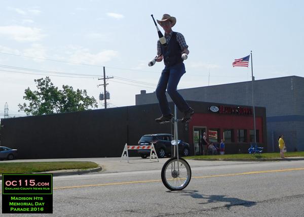 20160528_madison heights parade_cowboyunicycle