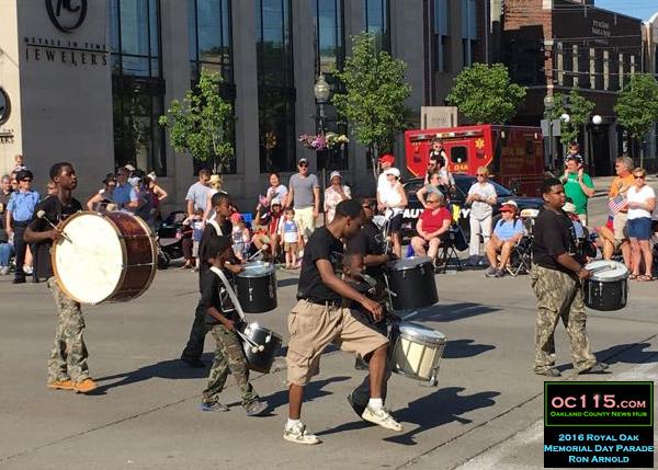 20160531_royal oak memorial day parade_cy7543