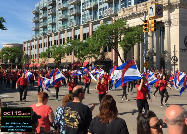 20160531_royal oak memorial day parade_flag