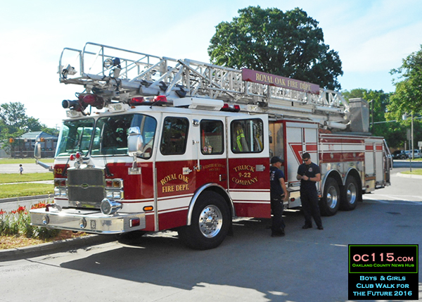 20160611_walk for future_royal oak fire truck