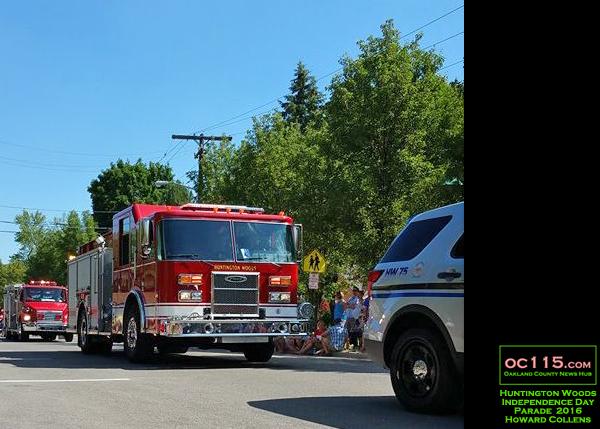 20160704_huntington woods independence day parade_firetruck