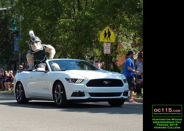 20160704_huntington woods independence day parade_sparty