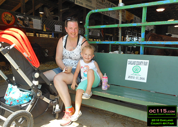 20160716_oakland county fair_3222_bench