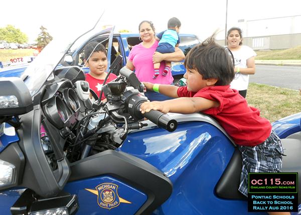 20160807_pontiac back to school_motorcycle kid